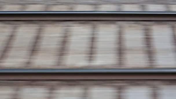 železniční trať při vysoké rychlosti