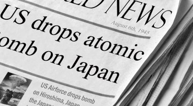 US drops atomic bomb on Japan
