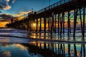 Oceanside molo při západu slunce