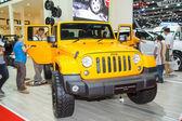 Bangkok - 30. března: jeep wrangler sahara auto na displeji ve 3