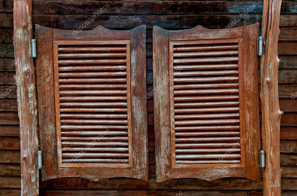 Vieux western saloon en bois portes battantes - Porte de saloon ...