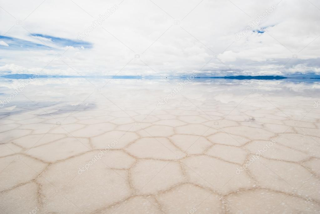 salar de uyuni, salt lake in bolivia
