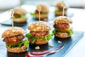 Fotografie více min hovězí hamburgery