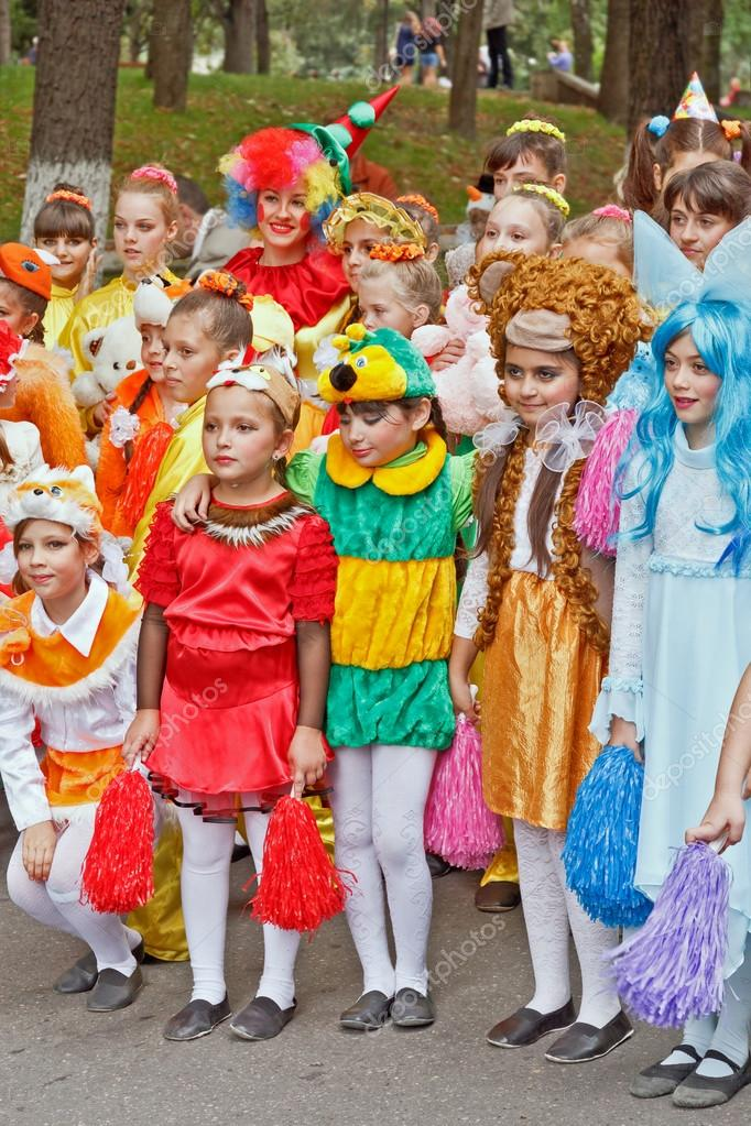 Children in carnival costume on a city holiday. u2014 Photo by nikolay53  sc 1 st  Depositphotos & Children in carnival costumes. u2013 Stock Editorial Photo © nikolay53 ...