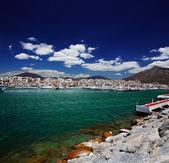 Photo Luxury yachts and motor boats in Puerto Banus marina in Marbella, Spain