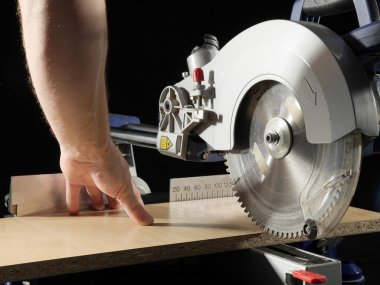 Plank sawing