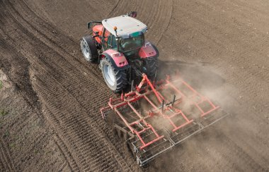 Preparation of agricultural land