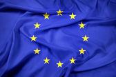 eu-zászló integet