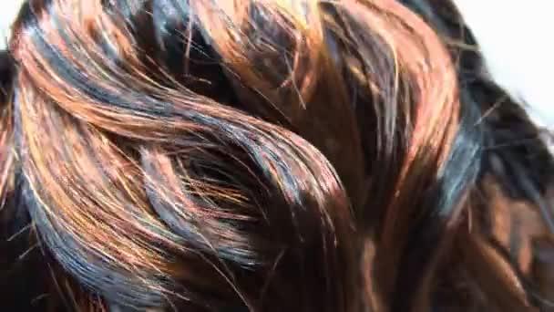 zvýraznění textury pozadí tmavé vlasy