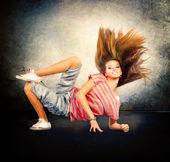 tanec. hip-hopová tanečnice. tanec Teenagerky