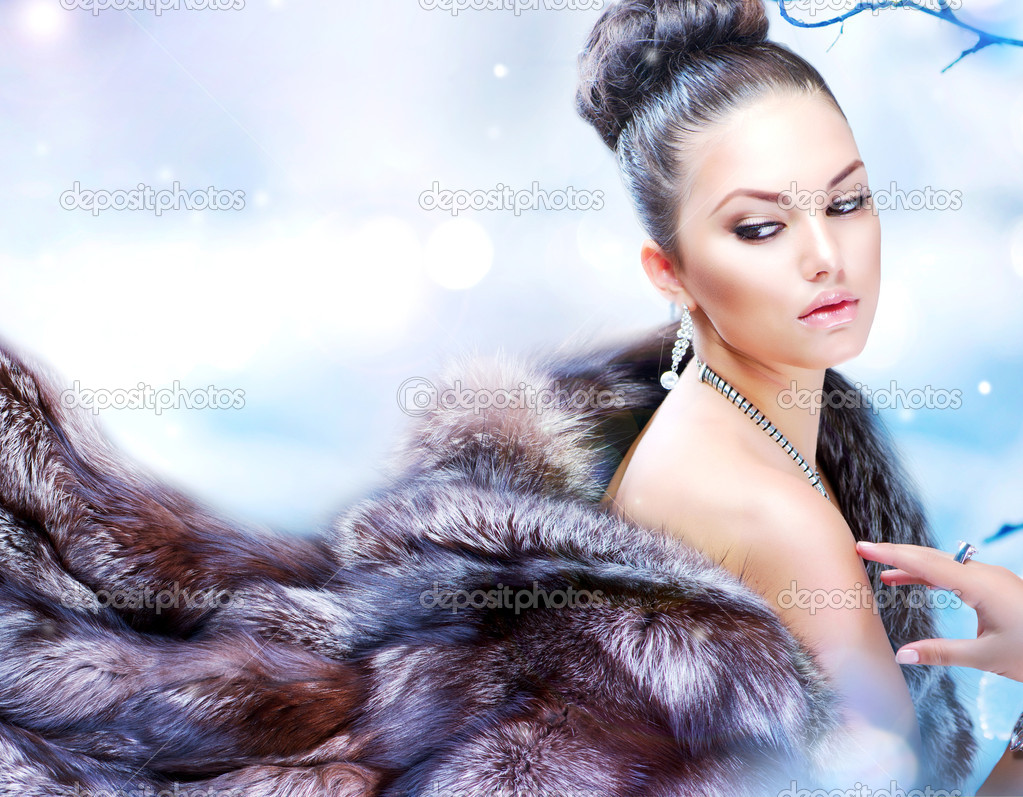 Winter woman in luxury fur coat stock photo subbotina for Luxury women