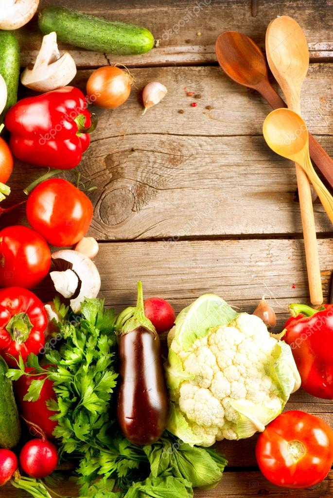 Healthy Organic Vegetables on a Wood Background — Stock ...