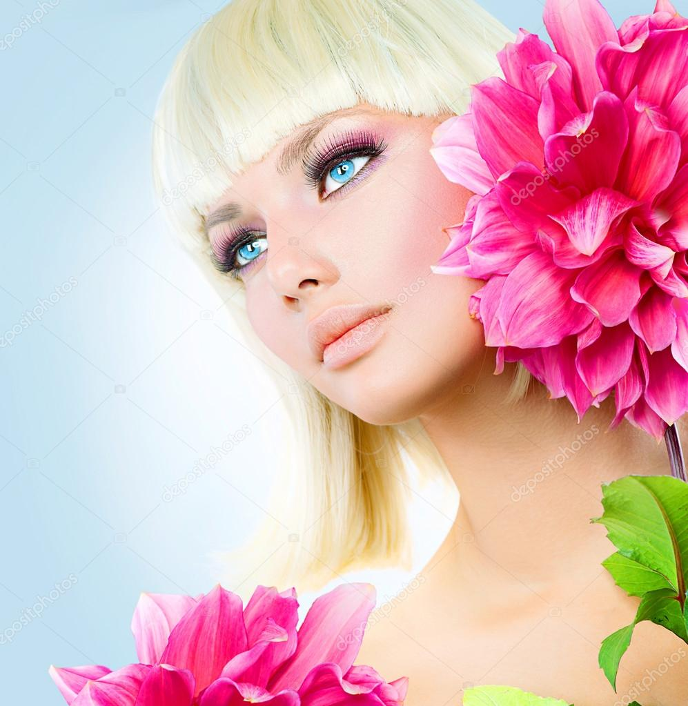 Блондинки с короткими волосами голубыми глазами