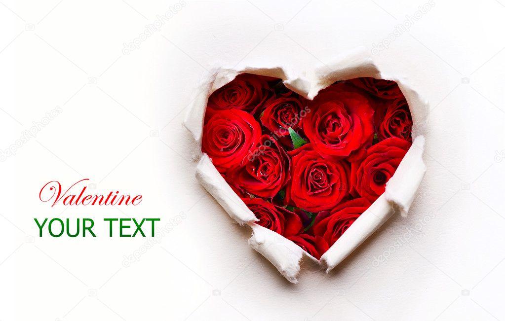 coeur saint valentin papier avec bouquet de fleurs rose. Black Bedroom Furniture Sets. Home Design Ideas