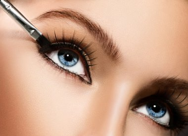 Eyeliner. Cosmetic eyeshadows