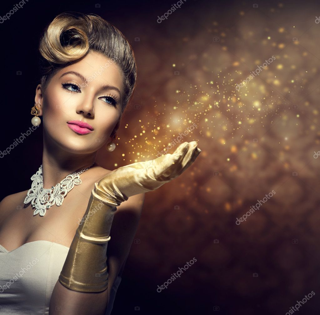 Retro woman with magic in her hand.