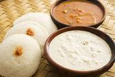sambar idli s kokosovým čatní