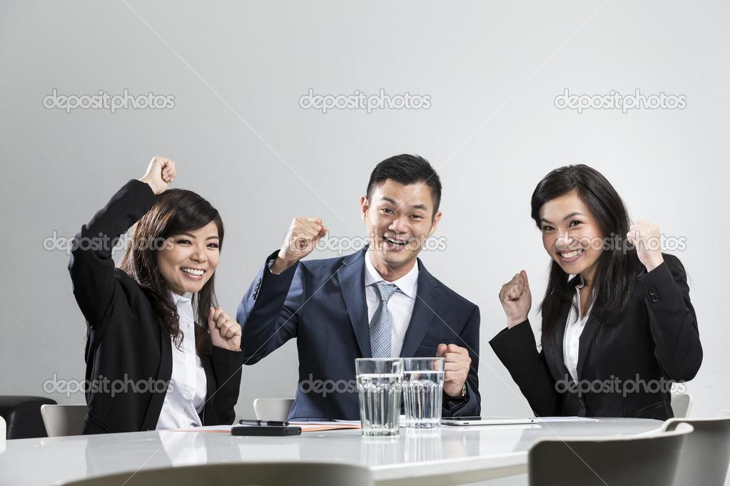 Картинки по запросу китайцы аплодисменты