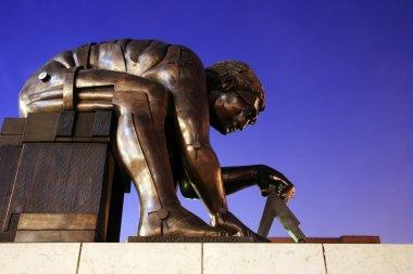 Sculpture of Newton