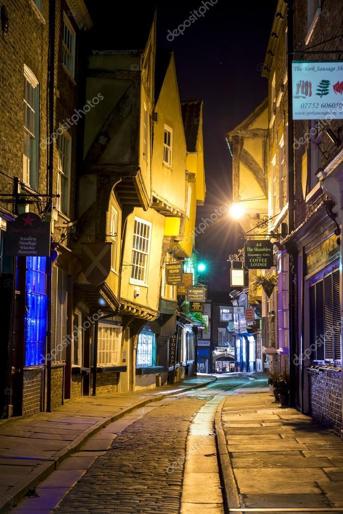 Jeden nočný stánok datovania UK