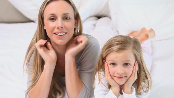Rüyada Yeni Rahmetli Anneyi Görmek