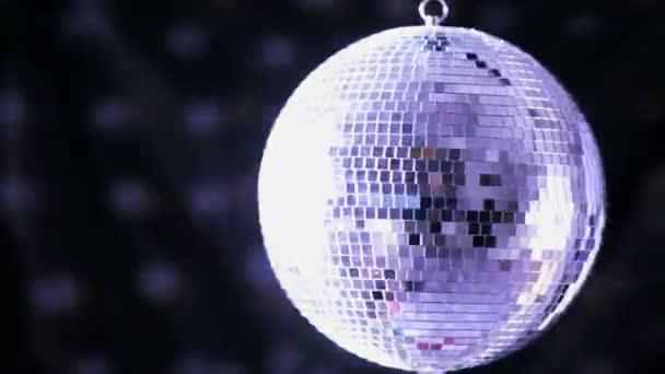 Sfera Da Discoteca Prezzo.Splendente Sfera Da Discoteca Gira Intorno Video Stock