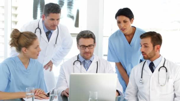 chatta med läkare