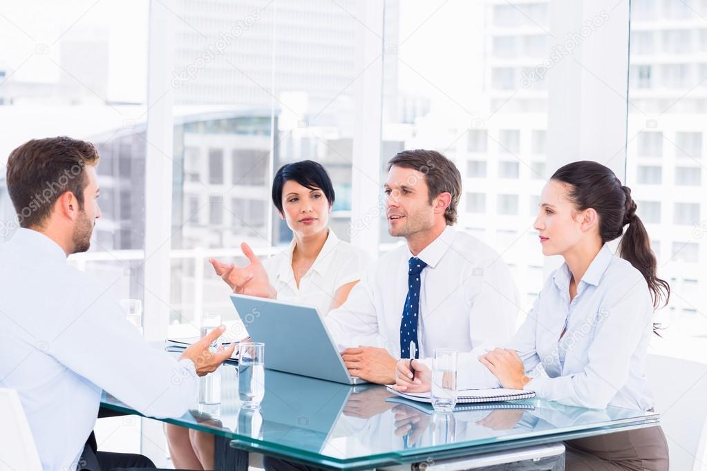 sollicitatiebrief controleren recruiters controleren de kandidaat tijdens sollicitatiegesprek  sollicitatiebrief controleren