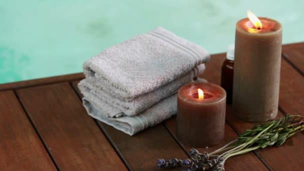 Brünette Schönheit Genießt Eine Massage