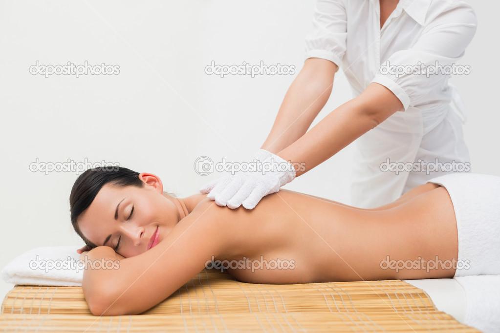 hitta massage brunett