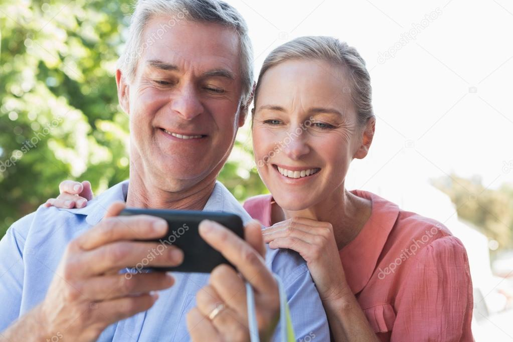 Best And Safest Senior Singles Online Dating Websites