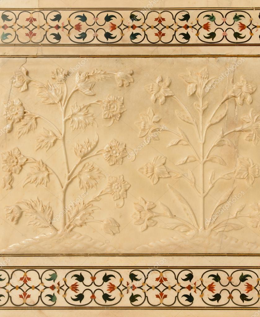 Flowers carved into Taj Mahal — Stock Photo © slickspics #18959433