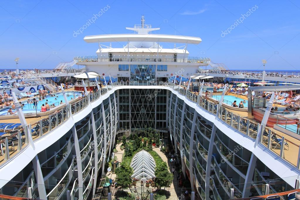 royal caribbean oasis of the seas - 893×667