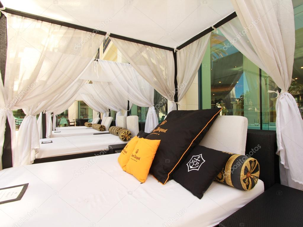 Outdoor Bed In A Cabana Beside A Resort Pool Stock Editorial Photo C Ozphotoguy 47253515