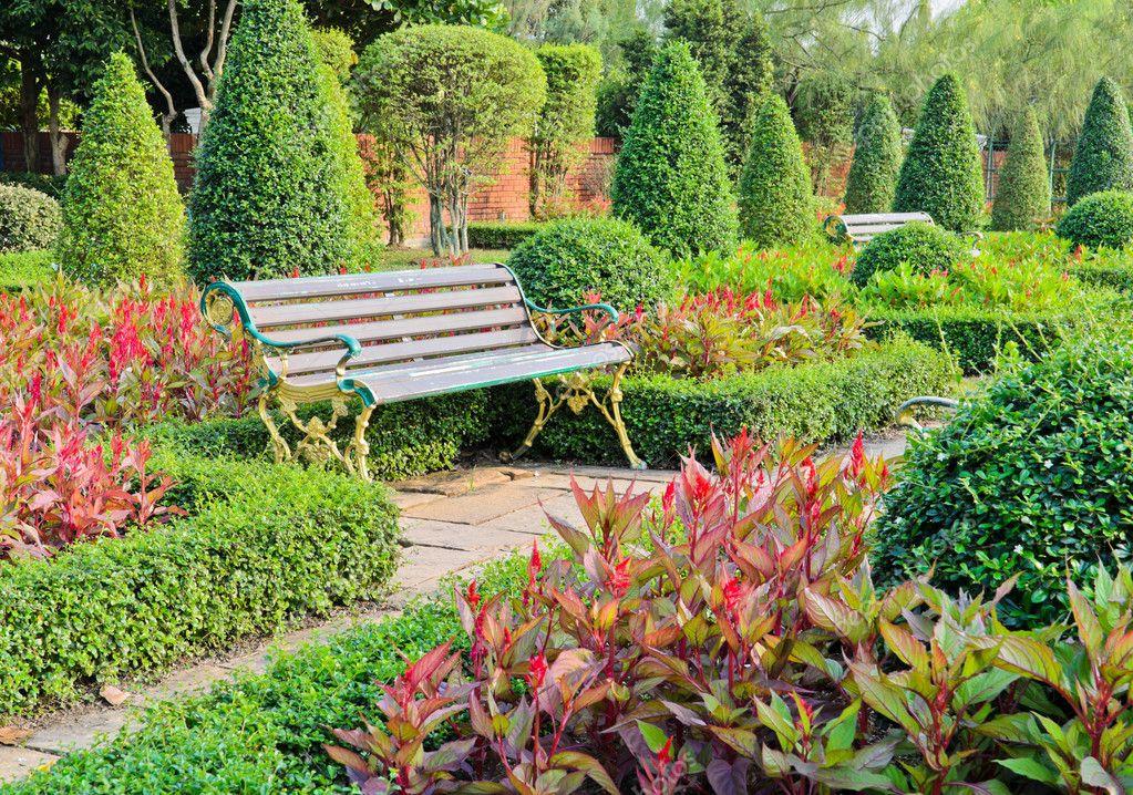 jardin d\'ornement — Photographie boonsom © #30394857