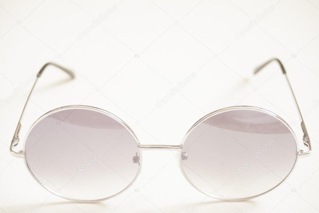 vista frontal de gafas redondas enmarcadas — Fotos de Stock © edw ...