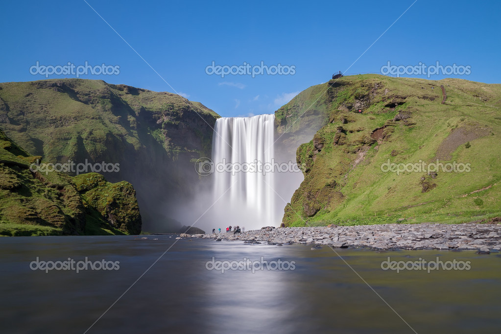 Фотообои Skogafoss waterfall