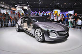 Frankfurt - Sept 14: Opel Monza koncepce jako světovou premi