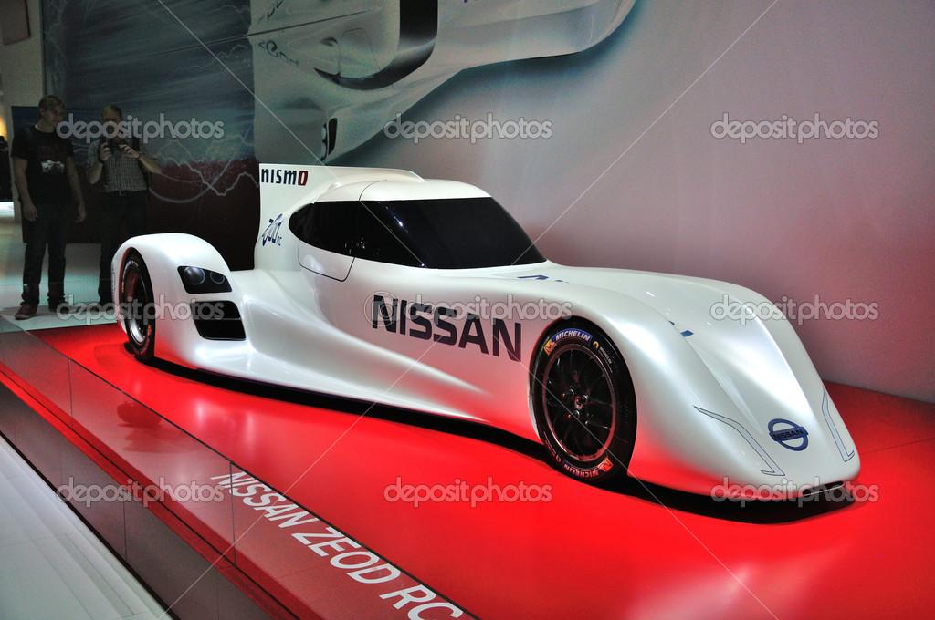 Frankfurt Eylül 14 Nissan örtüsünü Açmak Elektrik Zeod Yarış