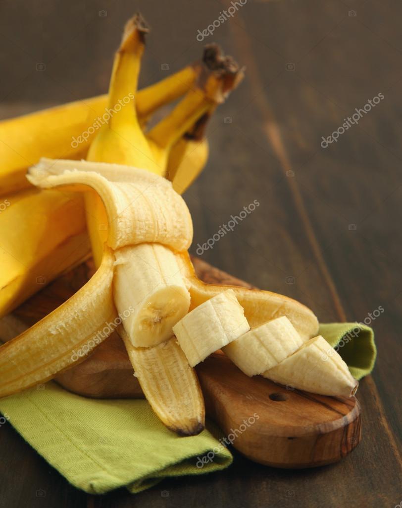Ripe sliced banana