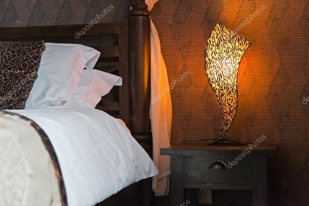 Afrikanischen Stil Schlafzimmer. — Stockfoto © ysbrand #18054247