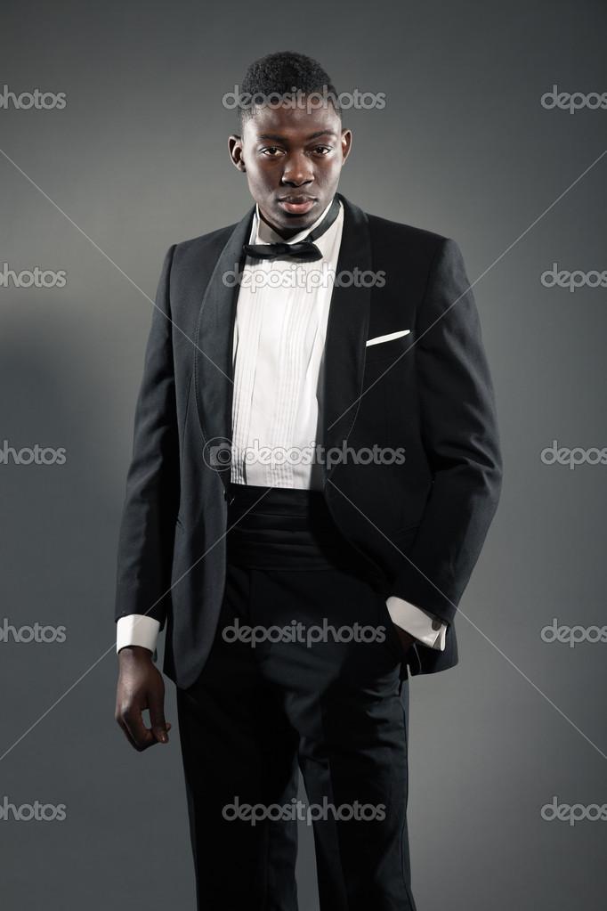 Traje negro gala hombre