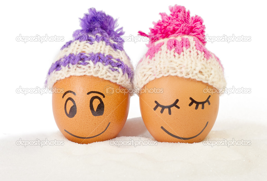 82e9167e3a070 funny lovely eggs in winter hats and sugar like a snow — Stock Photo ...