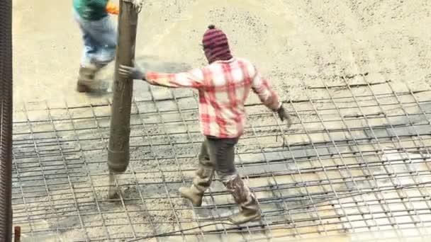 nalil na betonovou podlahu