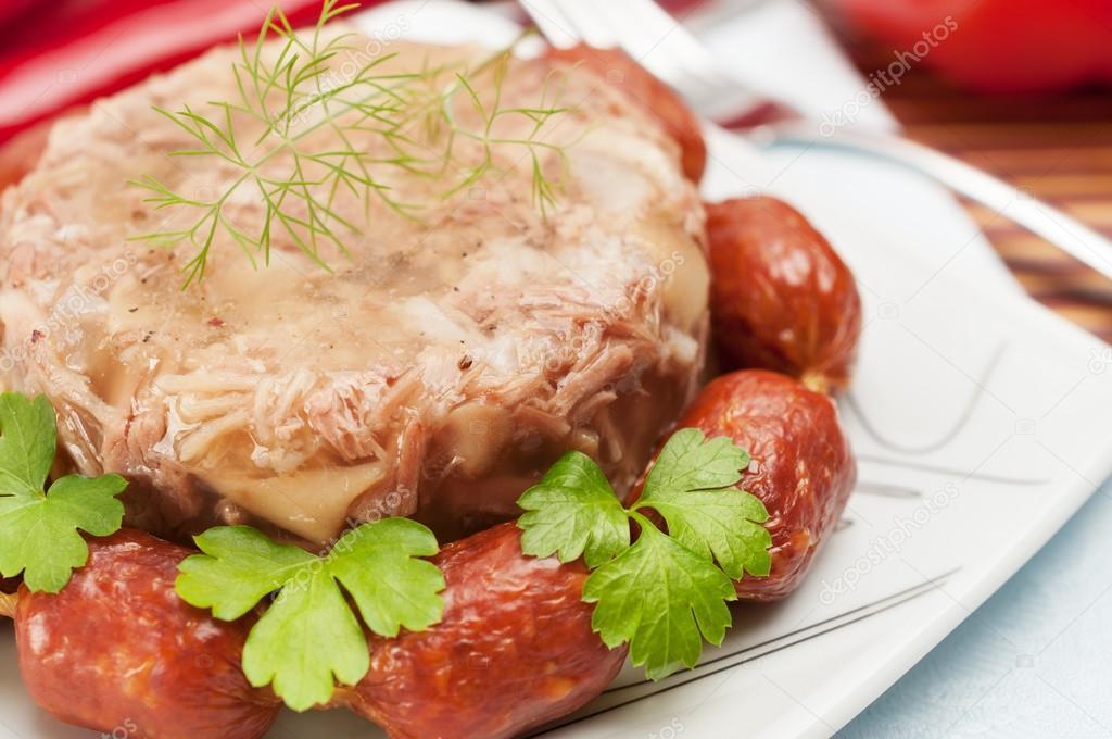 Cuisine russe traditionnelle gel e de viande aspic photographie nordroden 31072877 - Cuisine traditionnelle russe ...