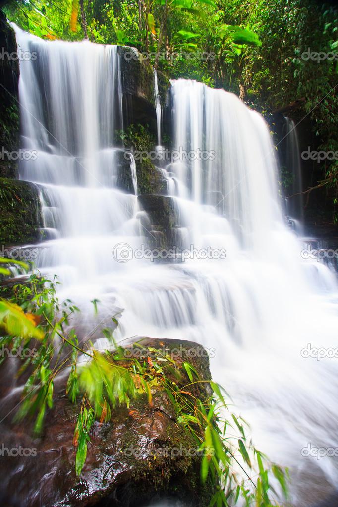 Фотообои Waterfall