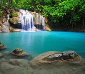 krásná modrá vodopád