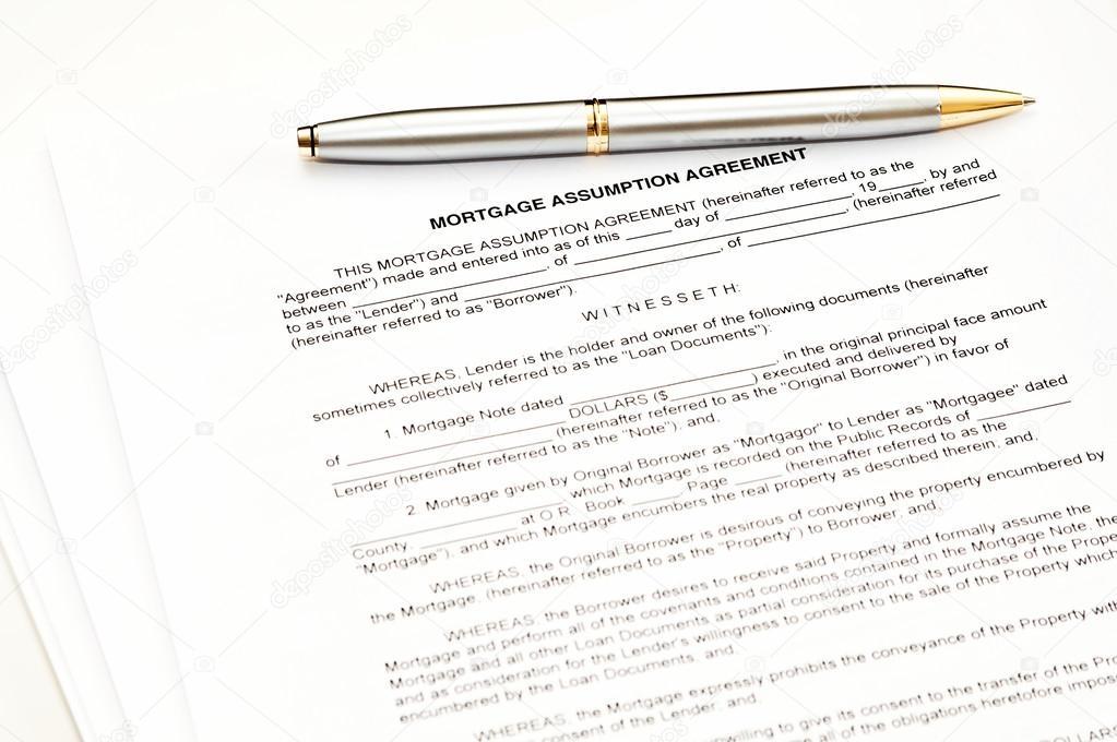 Acordo De Assuno De Hipoteca Com Uma Caneta Para Assinatura