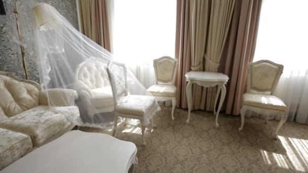 krásný světlý interiér v hotelu