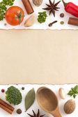 složek potravin a papír na bílém pozadí